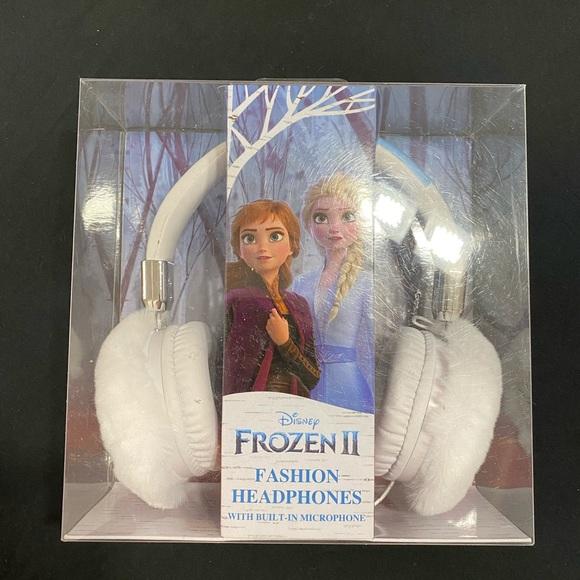 Frozen ll headphones with built-in microphone